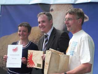 Richard Lochhead makes an award at the Royal Highland Show 2008.